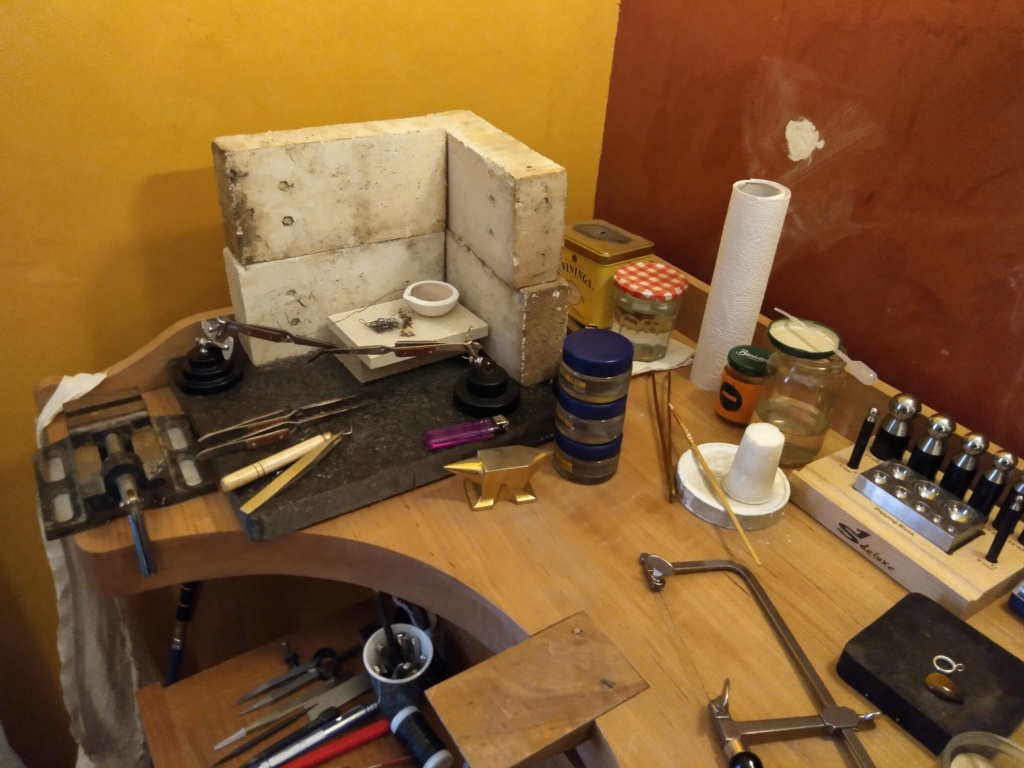 Meuble mural et agencement outils (besoin d'aide ????) Img_2014