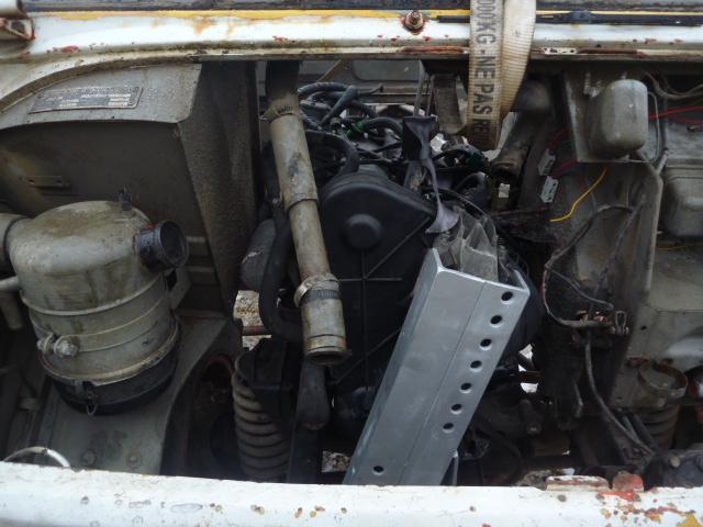 adaptation moteur peugeot sur 411 P1020423