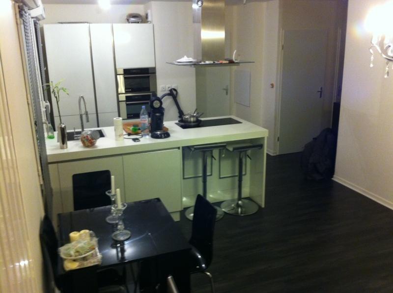Help! nouvelle deco salon type : industriel, loft... Cuisin10