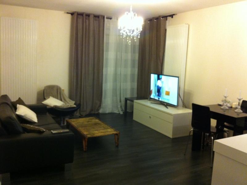 Help! nouvelle deco salon type : industriel, loft... Salon110