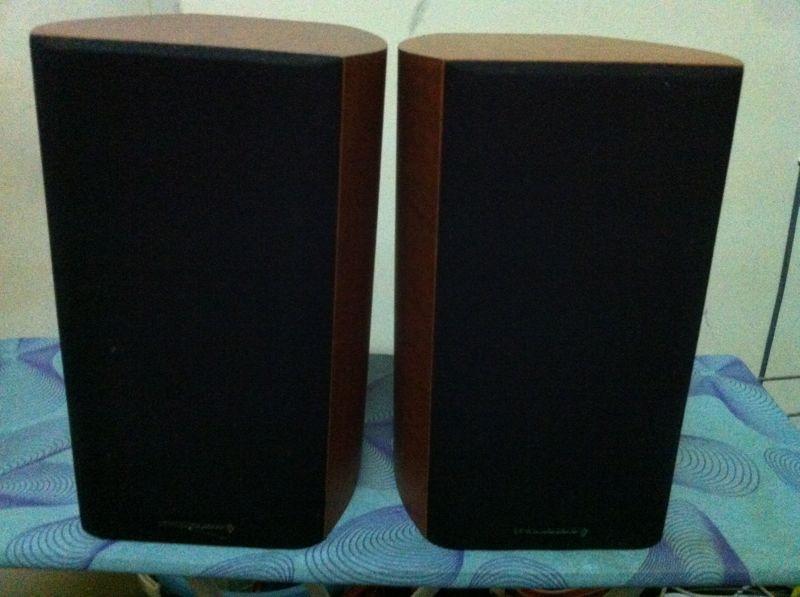 NAD integrated amp 320BEE + Wharfedale Diamond 9.1 bookshelf speaker (SOLD) Img_6611