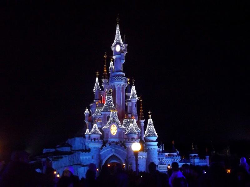 Vos photos nocturnes de Disneyland Paris Chatea10
