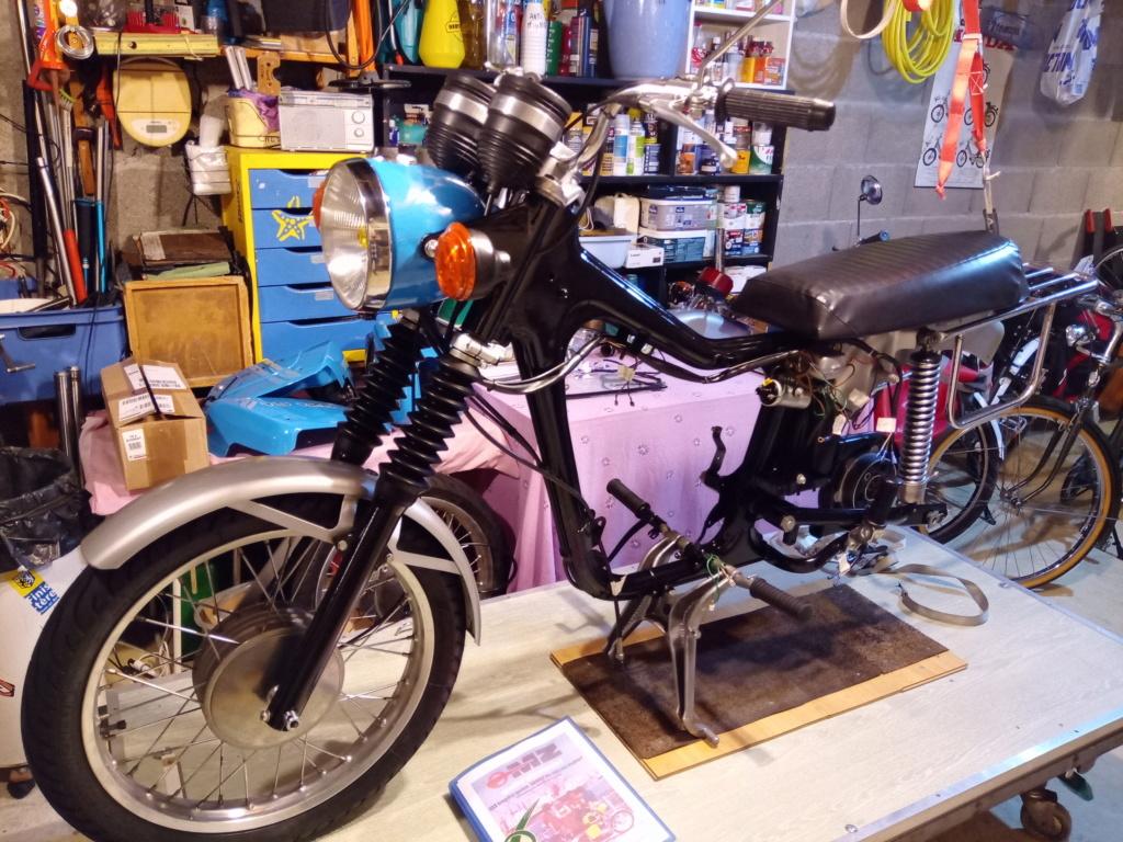 La moto de mes 16 ans. Img_2013