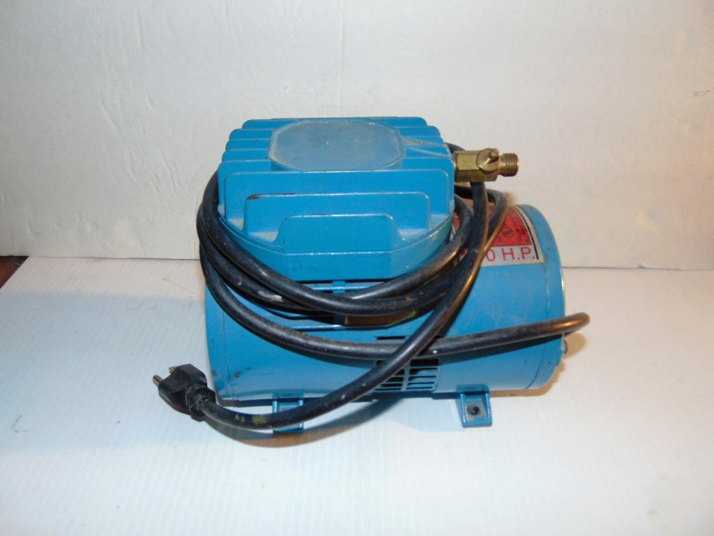 airbrush and compressor Dsc00711
