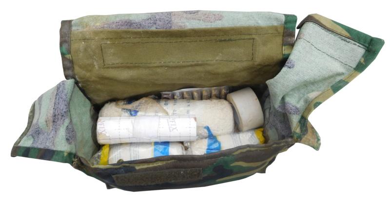 ISIS medic pouch Battle damaged  Dscn0929