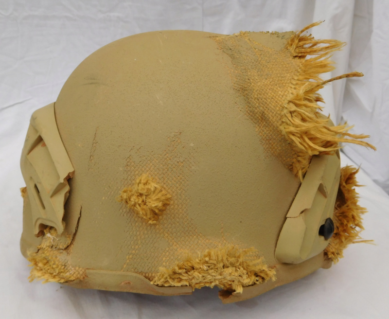 Tan ISOF helmet relic from Mosul battle Dscn1617