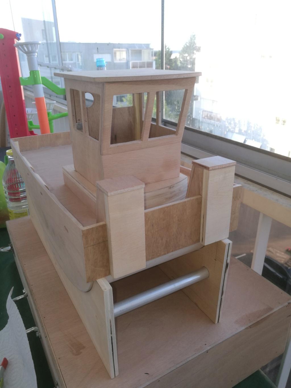 Construction d un springer. - Page 2 Img_2030