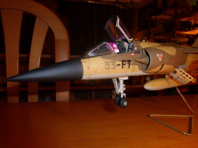 Mirage F1 - C en bois et carton 1/3 P1000217