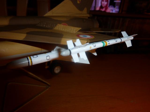 Mirage F1 - C en bois et carton 1/3 P1000218