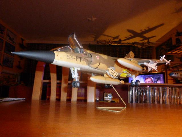 Mirage F1 - C en bois et carton 1/3 P1000219