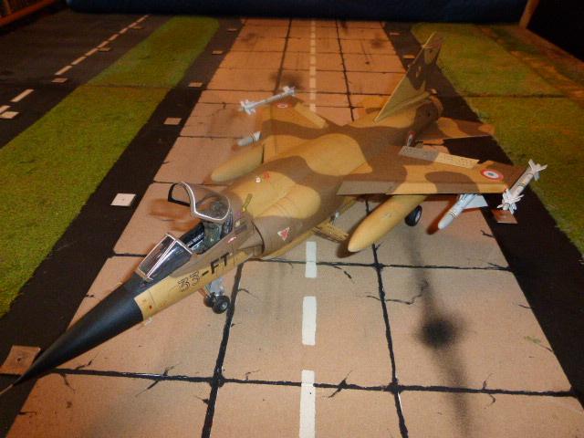 Mirage F1 - C en bois et carton 1/3 P1000310