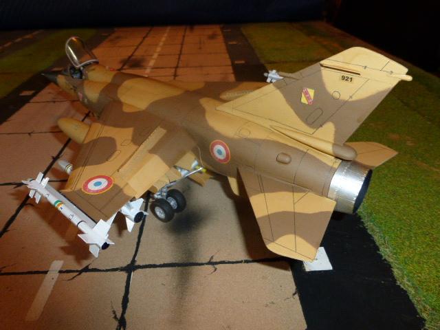 Mirage F1 - C en bois et carton 1/3 P1000313