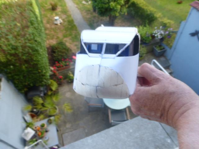 short skyvan 1/32 en bois et carton P1020511