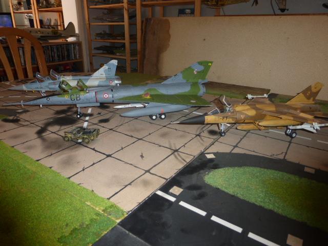 Mirage IV 1:32 en bois et carton P1020632