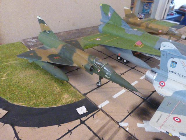 Mirage IV 1:32 en bois et carton P1020640