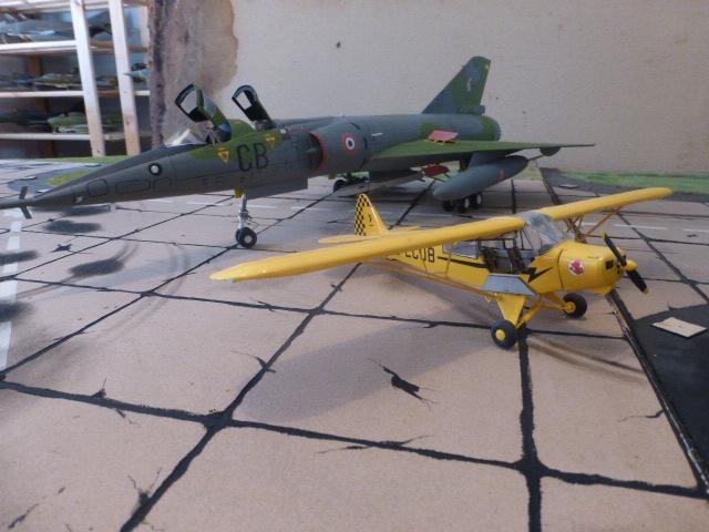 Mirage IV 1:32 en bois et carton P1020643
