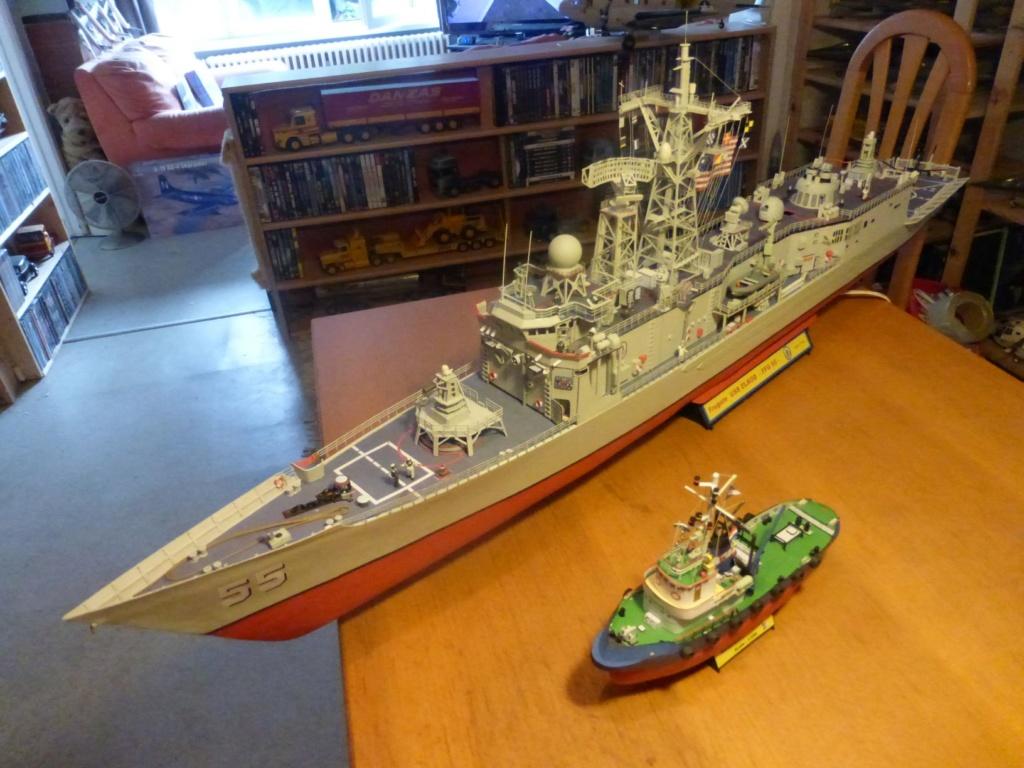 Fregate USS Elrod FFG55 P1030174