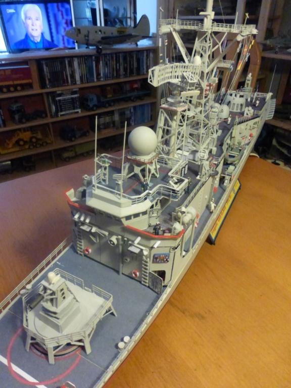 Fregate USS Elrod FFG55 P1030177