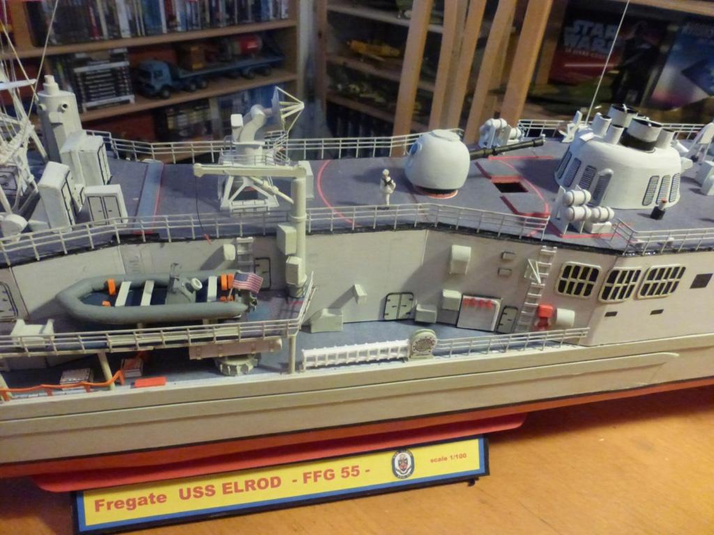 Fregate USS Elrod FFG55 P1030179