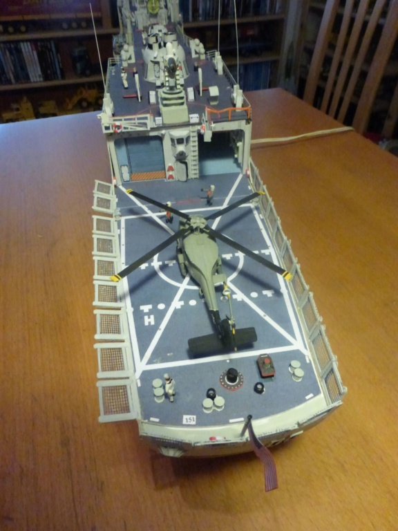 Fregate USS Elrod FFG55 P1030181