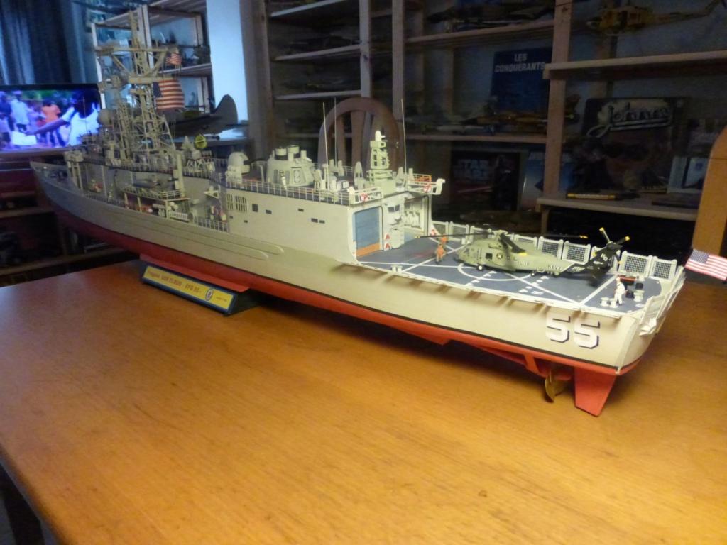Fregate USS Elrod FFG55 P1030186