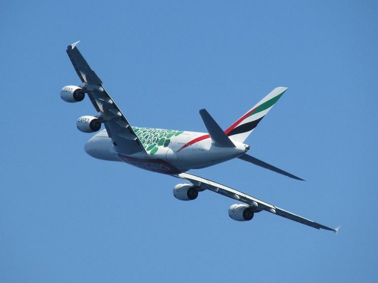 [Emirates] Airbus A380 Img_9333