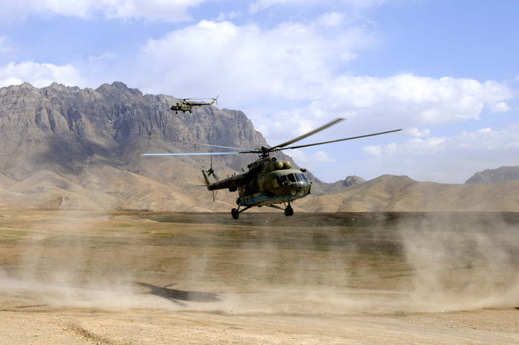 Mi-17 - Page 2 _bcp3210