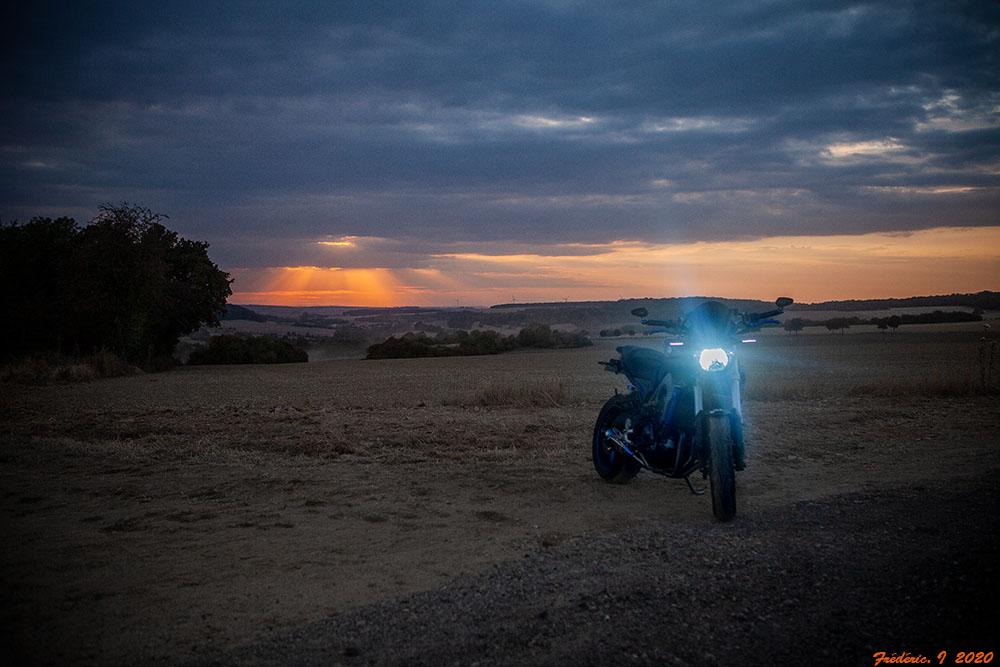 Pour ceux qui aiment la photo, motard ou pas, amateur averti ce topic est pour vous... - Page 12 Img_5133