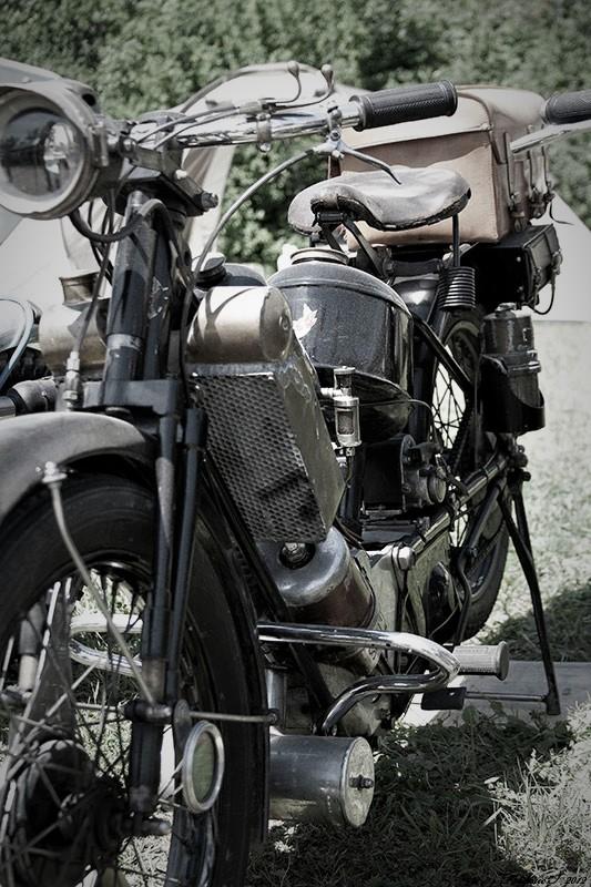 Pour ceux qui aiment la photo, motard ou pas, amateur averti ce topic est pour vous... - Page 10 Img_8210