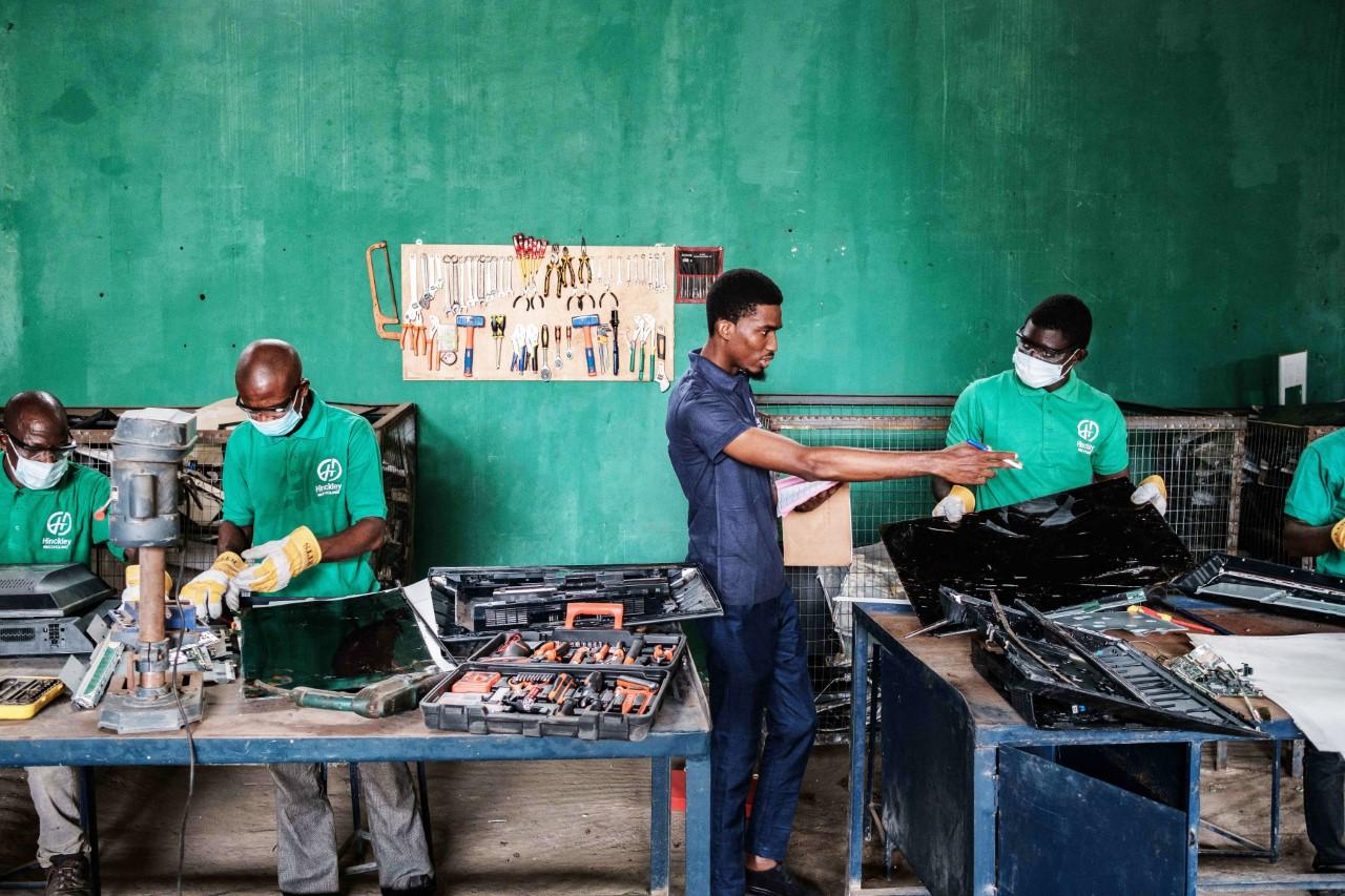 Η Philips monitors εντάσσεται στην πράσινη συμμαχία και επεκτείνει την υπηρεσία αιχμής μείωσης αποβλήτων Thumbn84