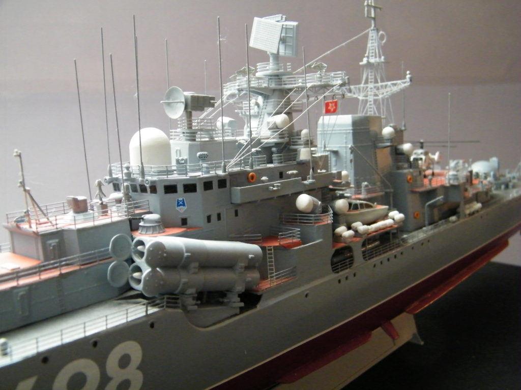 Destroyer SOVREMENNY au 1/200 2017_019