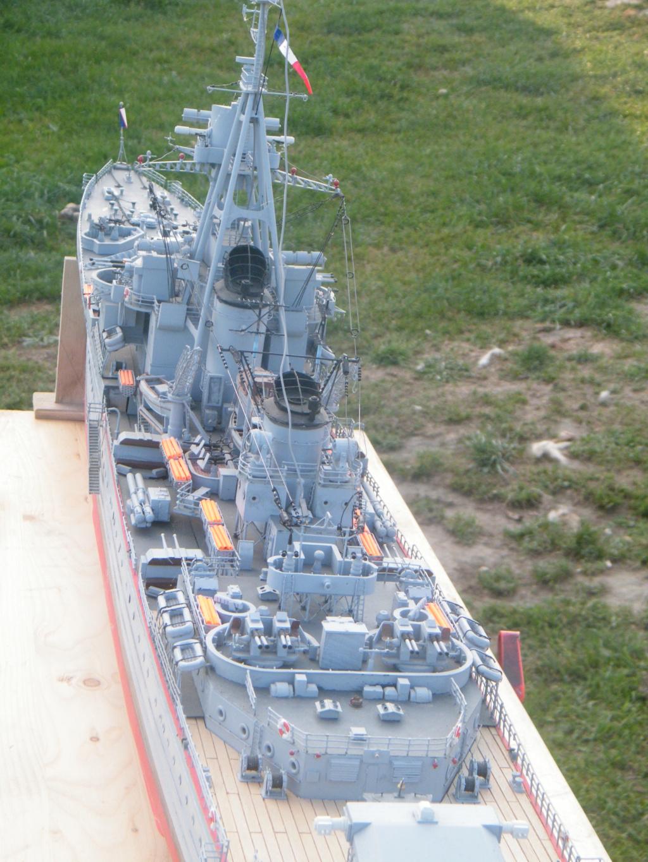 Croiseur Georges LEYGUES  au 1/100 sur plan Dscf0522