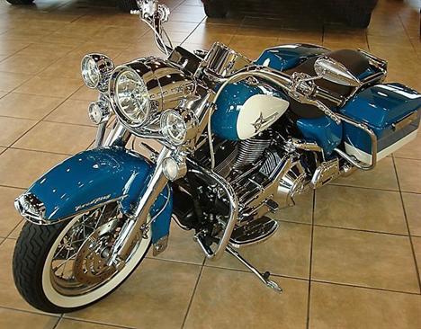 RK néo-retros. Harley10