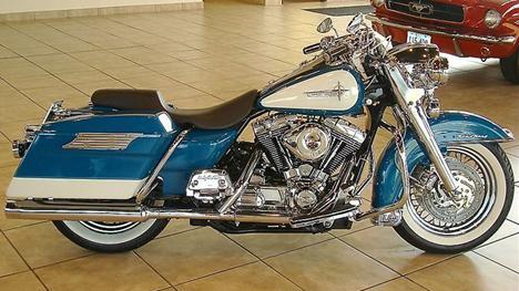 RK néo-retros. Harley11