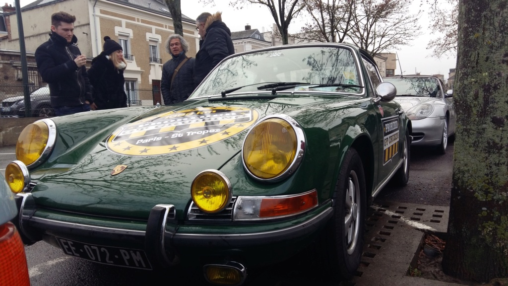 Car&Coffee Epernay Dimanche 16 Décembre 2018 03712