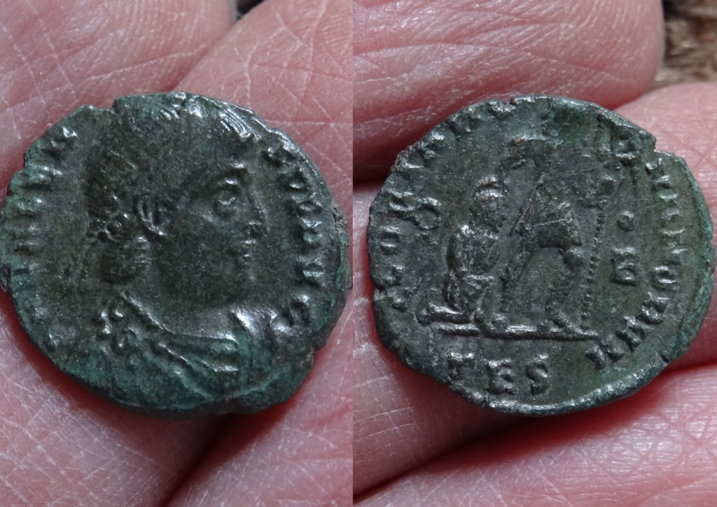 ID Valens- Thessalonique RIC. 26 16vale10