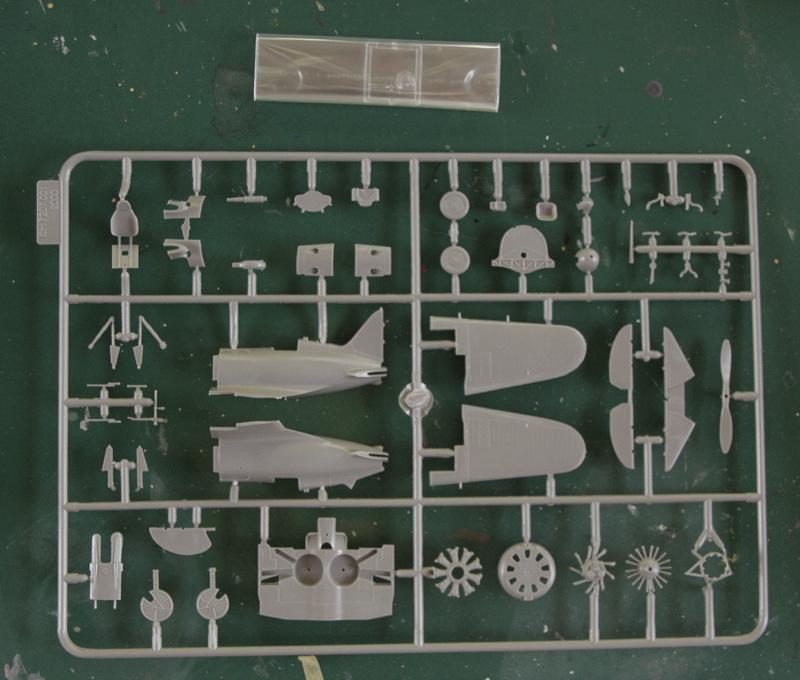 [ICM] Polikarpov I-16 05_i-110