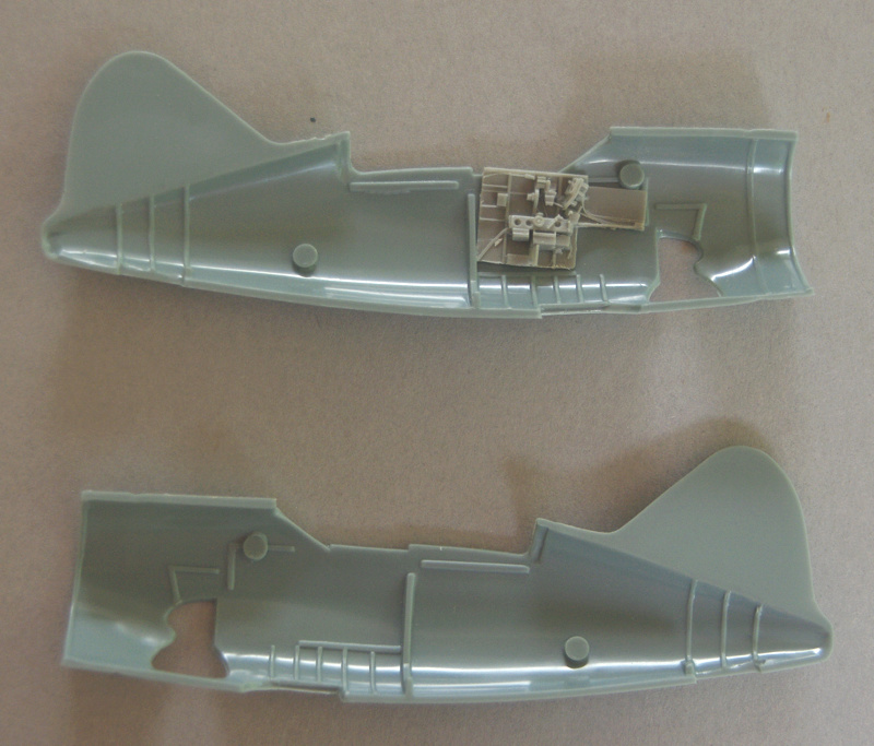 [Special Hobby]  Brewster F2A-1 Buffalo McClellan n°2 10_buf10