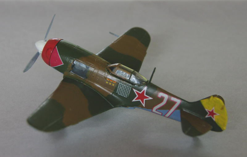 [Frog] Lavotchkine La-7 et Hurricane Mk IIc La-7_l11