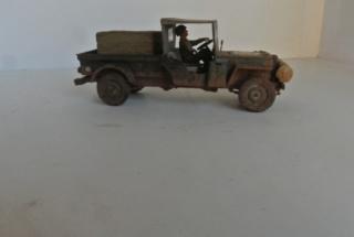 Jeep pick-up ( Italeri ) 1/35 1611