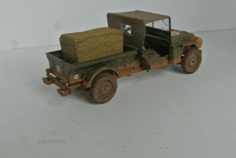 Jeep pick-up ( Italeri ) 1/35 2210