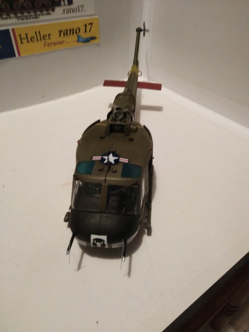 UH-1B Iroquois , Séminar 1/35  4711