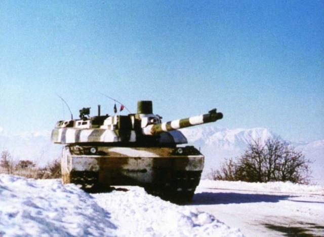 Leclerc KFOR - 1/72_Revell 514