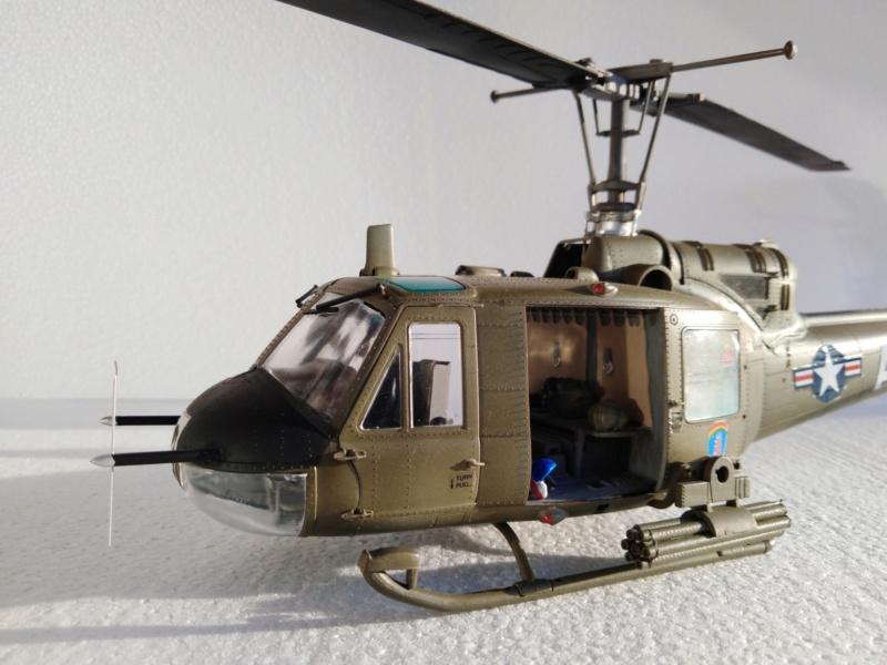 UH-1B Iroquois , Séminar 1/35  5314