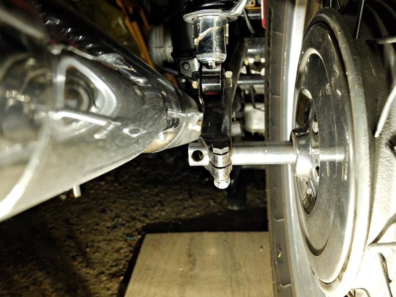 longueur axe de roue R75/5 ?  Dscf9914