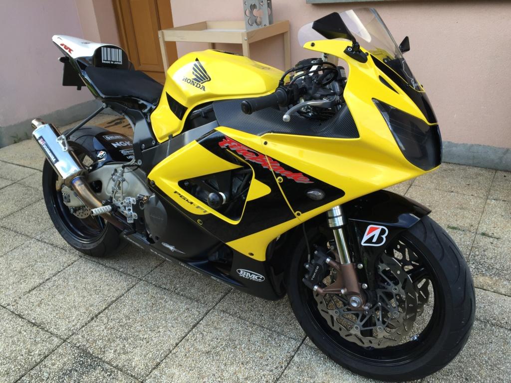 Présentation des motos. Img_2910