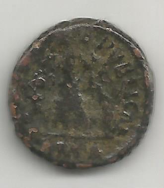 AE4 de Valentiniano II. SALVS REI PVBLICAE. Victoria marchando a izq. Cyzicus?. 3610