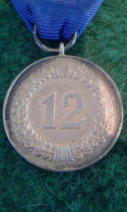 Médaille 12 ans lufwaffe  20200340