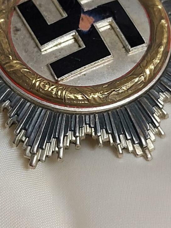 Médaille de la bravoure or  20201111