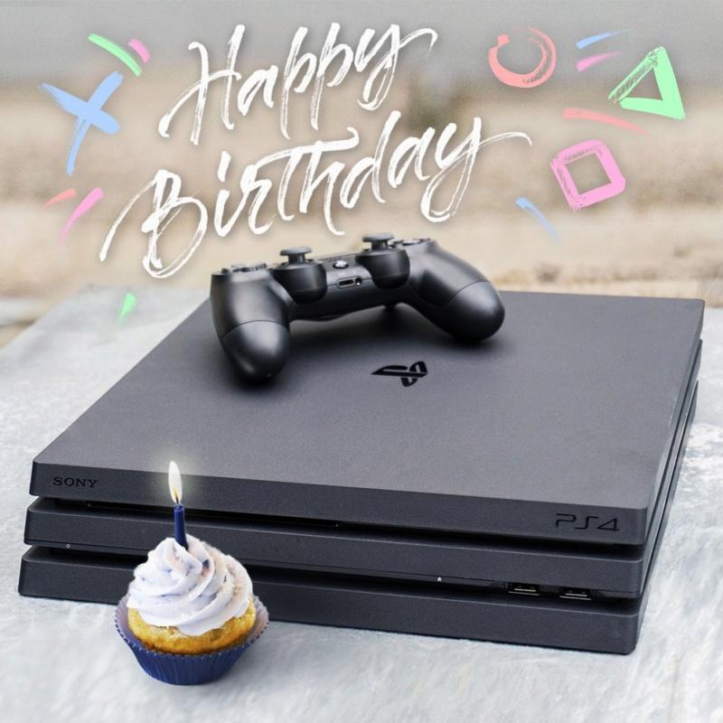 Buon compleanno PS4! 60a1e310